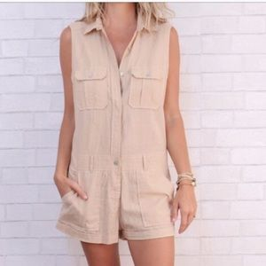 Beige rayon shorts romper with pockets